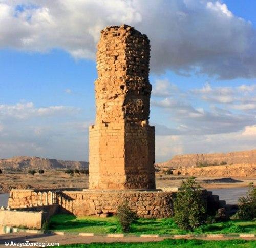 کاخی در وسط شهر شوشتر